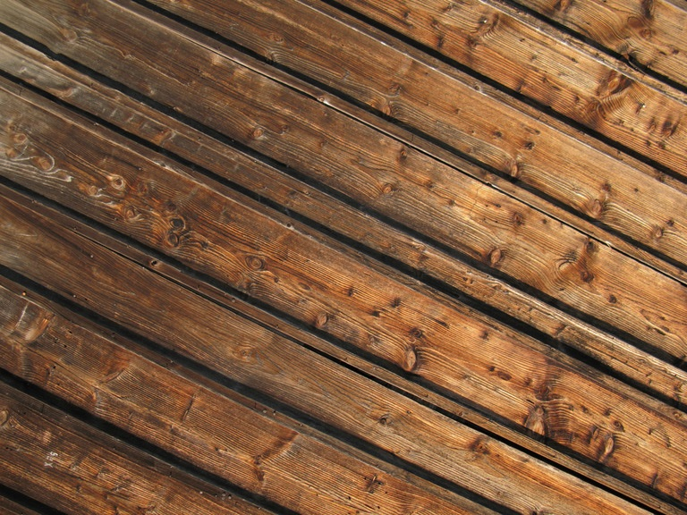the best colored pine tar for the exterior of your home